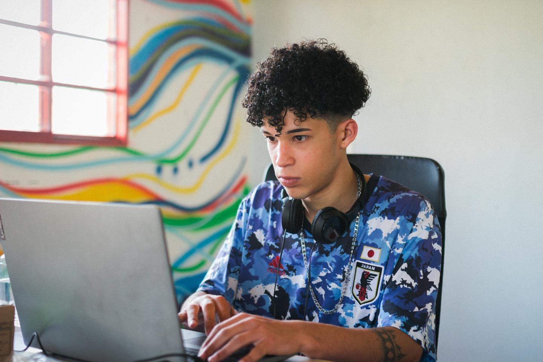 Wesley Silva aprendeu programação em iniciativa do UNICEF