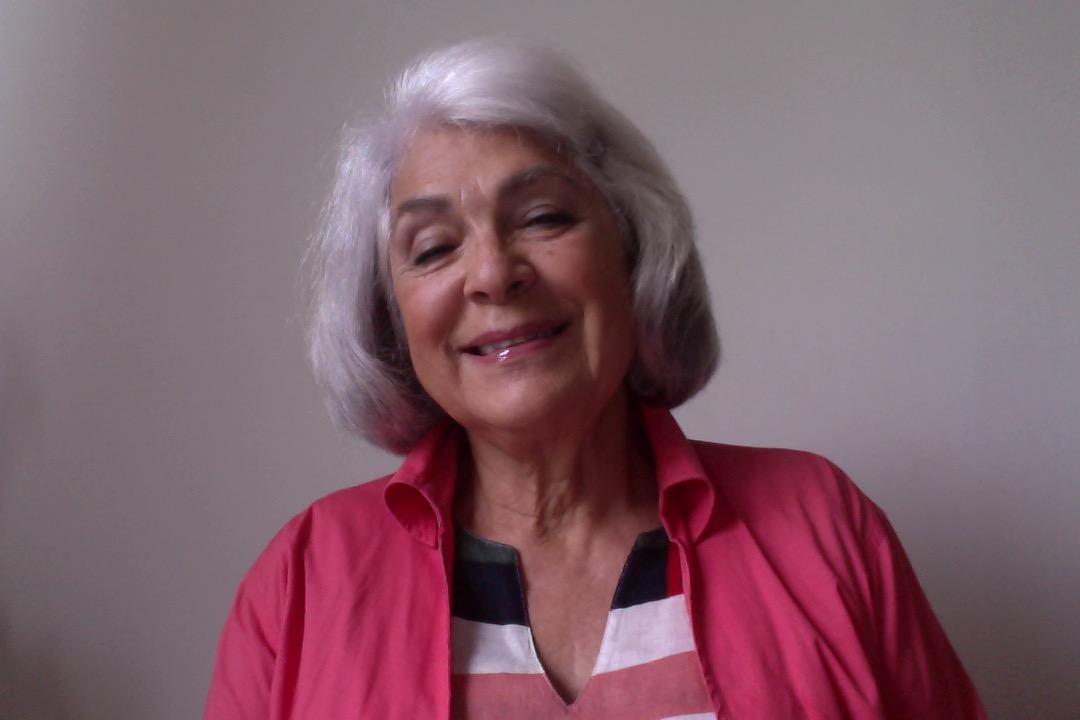 Mena Mueller tem a idade da ONU, 76