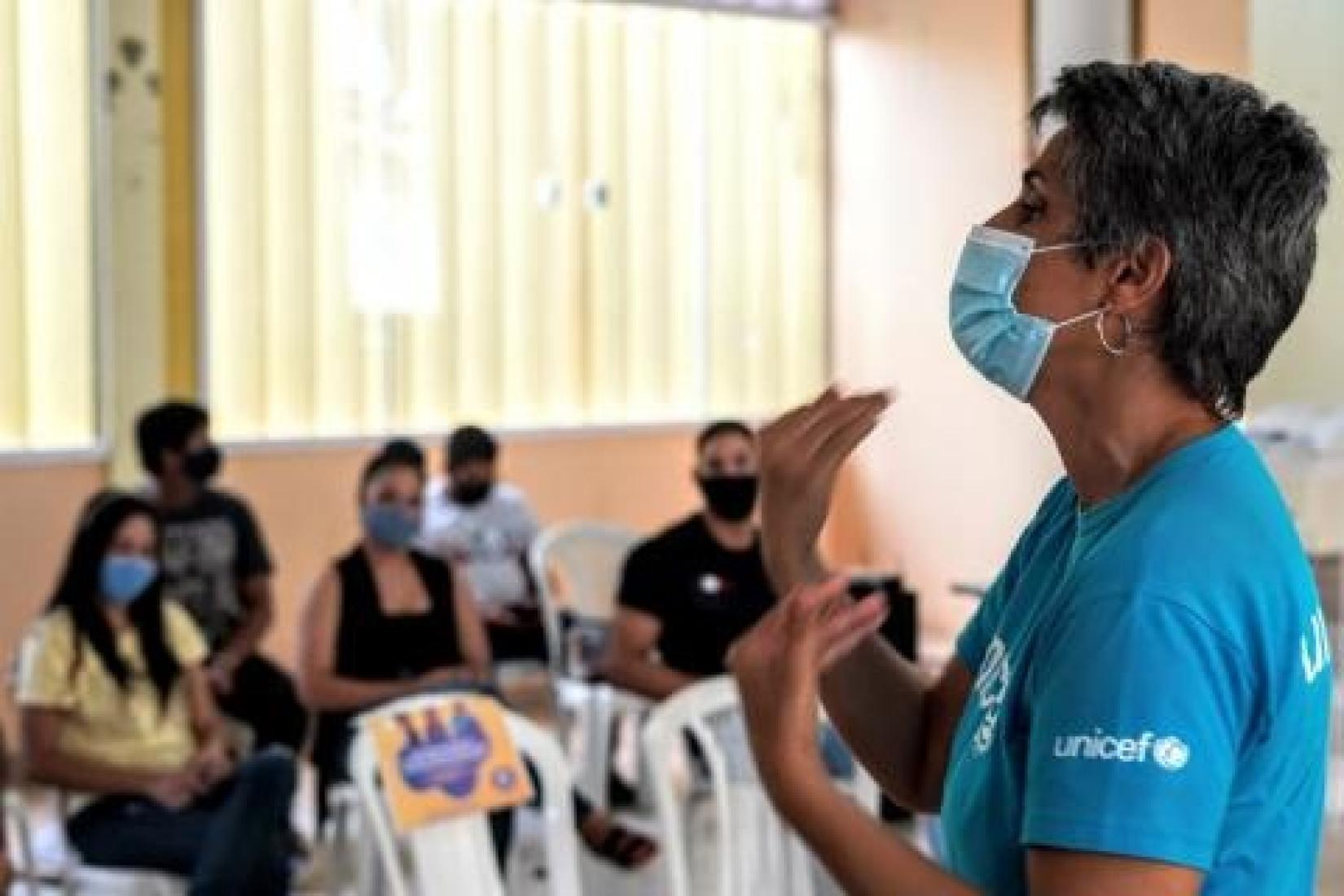 UNICEF e organizações parceiras realizam projetos que promovem o protagonismo de meninas e meninos, juntamente com apoio das lideranças locais e equipamentos públicos.