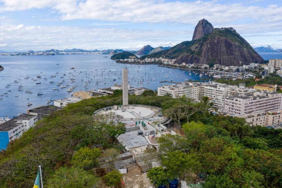 Vista aérea do Memorial às Vítimas do Holocausto, inaugurado no Rio de Janeiro em dezembro de 2020